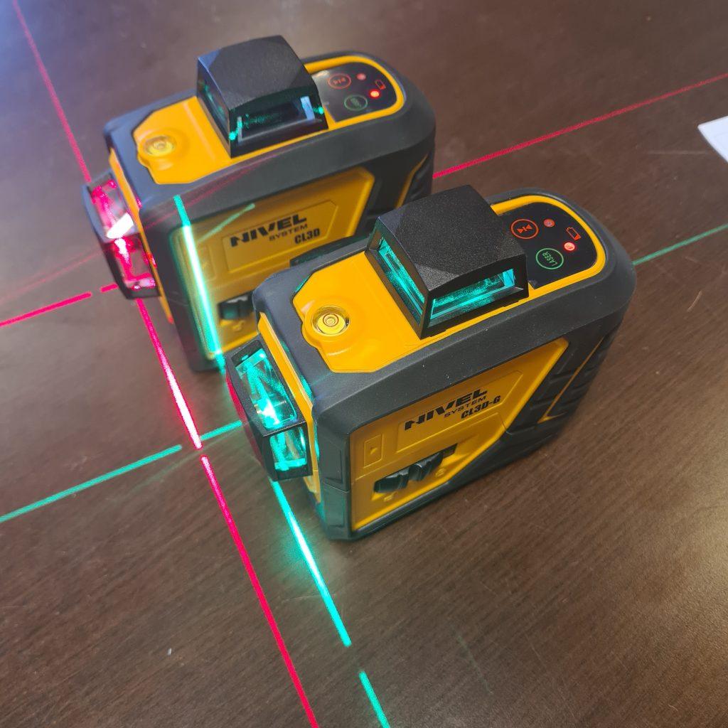 zielony i czerowny laser